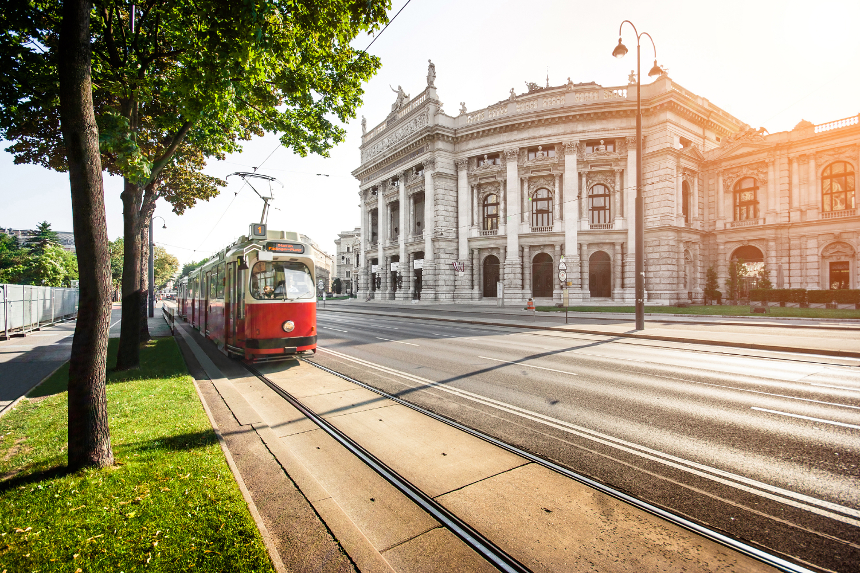 Budapest, Praga, Viena y Budapest / 9D